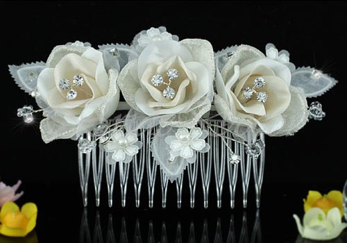 Гребень для прически «Три розы»