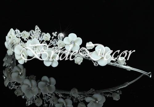 Ободок в белом цвете «Снежная королева»